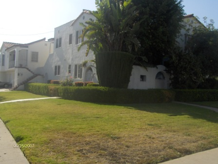 5 Unit Apartment Building steps from Pico and La Cienega Blvd