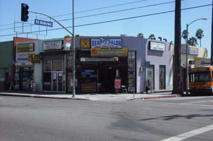 6 Unit Retail Space in Hollywood